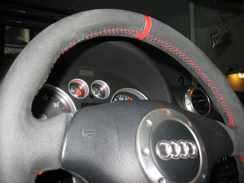 Lenkrad Lederlenkrad für Audi A3 8L 8P Neu Beziehen in Alcantara 12 Uhr Tausch